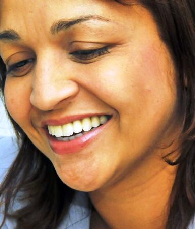 Eliziane tem trunfos para a disputa em SL