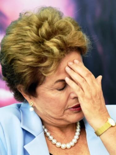 Dilma Rousseff sofre processo de impeachment na Câmara