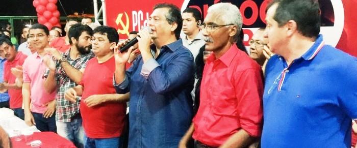 Flávio Dno com seu staff em Paço do Lumiar: governo à disposição dos seus
