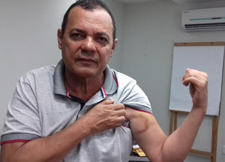 Henrique exibe hematomas resultantes do confronto de sábado, 5