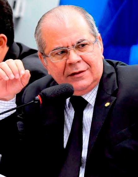 Hildo Rocha faz proposta para o país