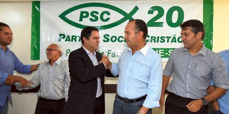O prefeito e o Pastor Everaldo: aliança