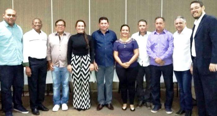 Alan Linhares com os diretores do consórcio