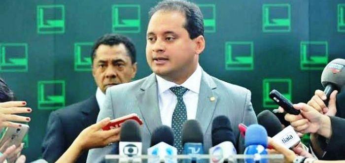 Weverton em entrevista à imprensa nacional: confirmação de apoio a Dilma