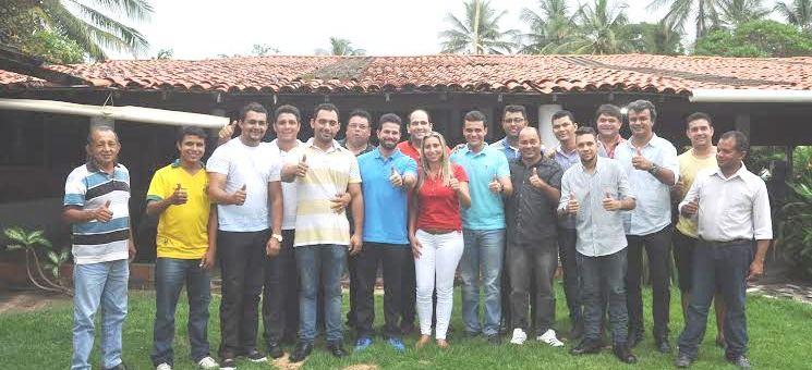 Representantes do PDT em Raposa ao lado da candidata do PCdoB