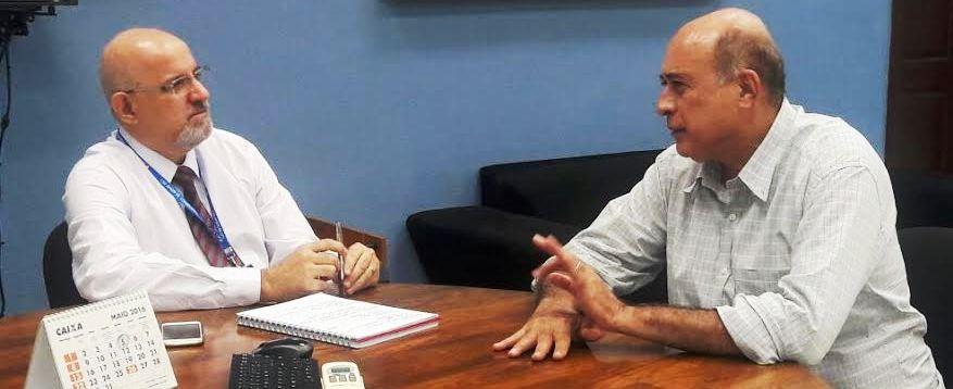 N covnersa com o superintendente da CEF, Alves cobrou solução para o problema