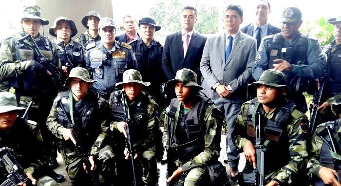 """Portela entre agentes das forças de Segurança: """"operacional de carreira"""", declara-se"""