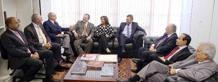 ..E levou o projeto de São Luís às lideranças nacionais do PSDB..