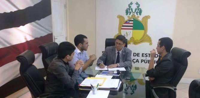 Líderes acadêmicos na reunião com Jefferson Portela