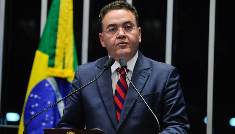 Senador Roberto Rocha se fortalece na cúpula do PSB após ação tresloucada de Luciano Leitoa