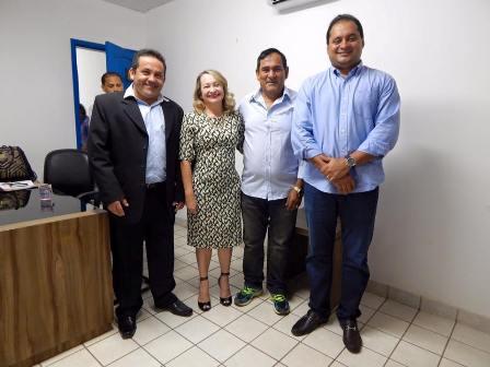 Rodrigo com Josemar e Weverton: ação em Paço