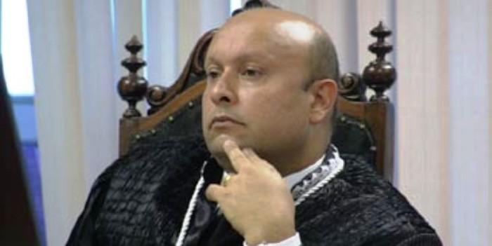 Sérgio Muniz encaminhou o argumento que resultou na cassação de Beto Castro
