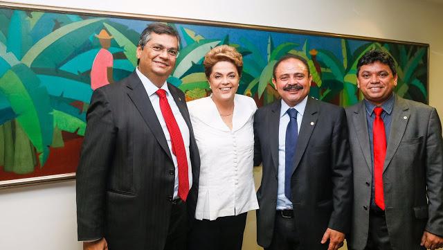 Flávio Dino com Dilma, Waldir e Jerry: decisão ridicularizada no país