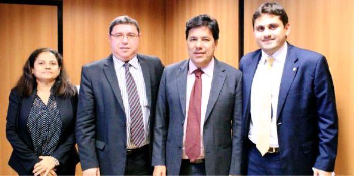E com o ministro Mendonça Filho, em busca de um Ifma para Vitorino Freire
