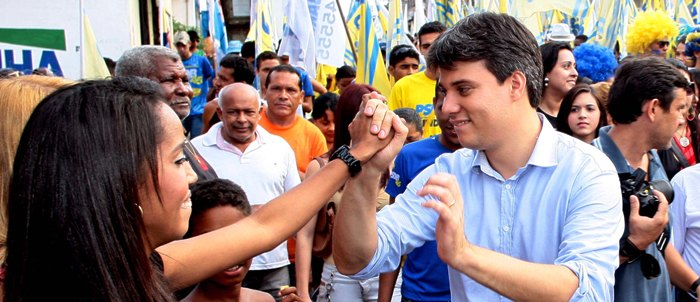 Evangelista trabalhou os últimos meses para se viabilizar pelo PSDB, mas vai ter que decidir se sai ou não do governo
