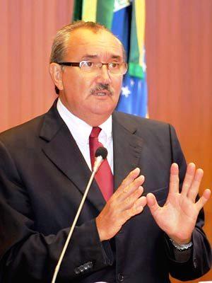 César Pires fez denúncia na tribuna da Assembleia