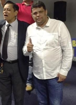 Bentivi, com Carioca: pressão na candidatura