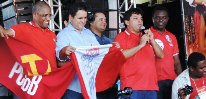 Edivaldo com Weverton Batista e seus controladores do PCdoB: vitória agora... ou nunca