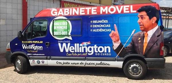 Até o carro de Wellington tem que ser descaracterizado; enquanto Holandinha faz a farra