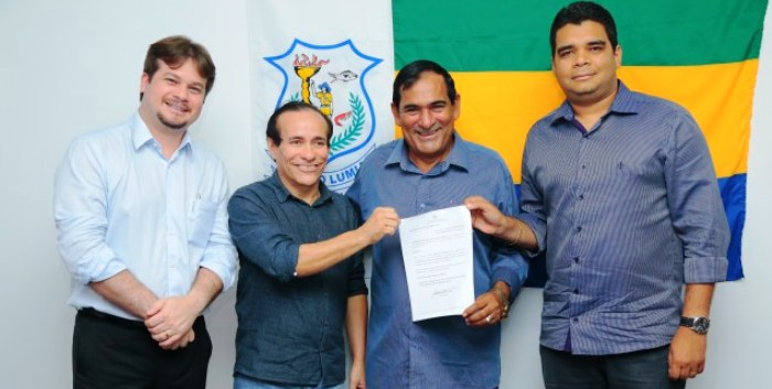 Josemar com Pinto e seus aliados: convenção confrimada