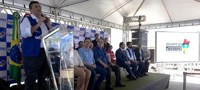 Rafael Leitoa acompanha discurso de Flávio Dino na obra entregue ontem