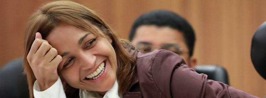 Candidata tem sorriso cativante, discurso articulado, carisma e fotogenia, elementos fundamentais na campanha de TV