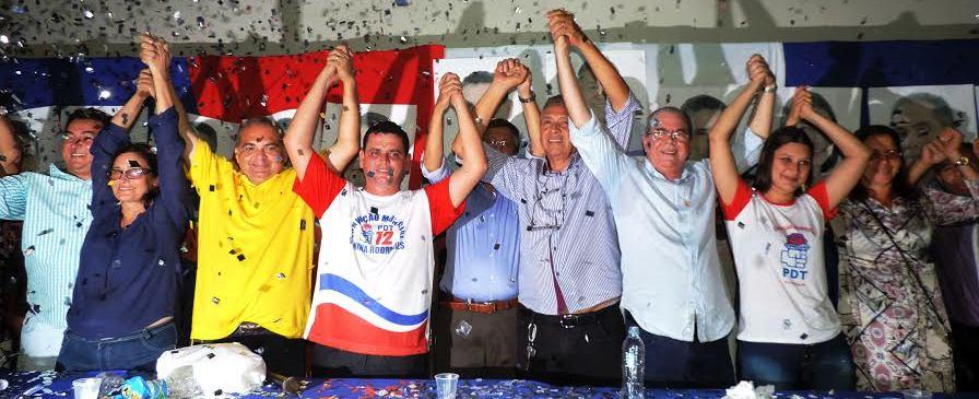 Ao lado do deputado estadual Fábio Braga: participação ativa em Nina Rodrigues