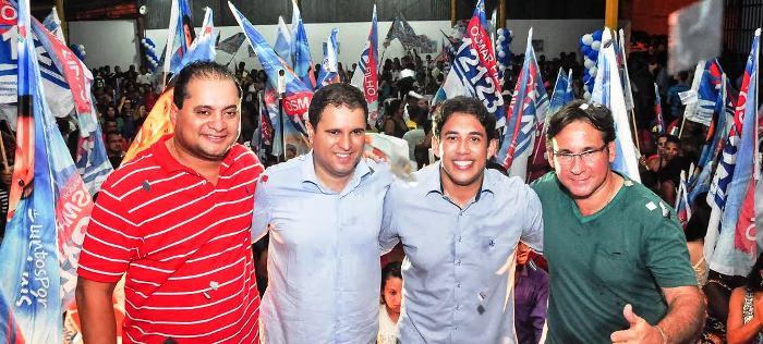 Osmar, entre Weverton, Edivaldo e Júlio Pinheiro,