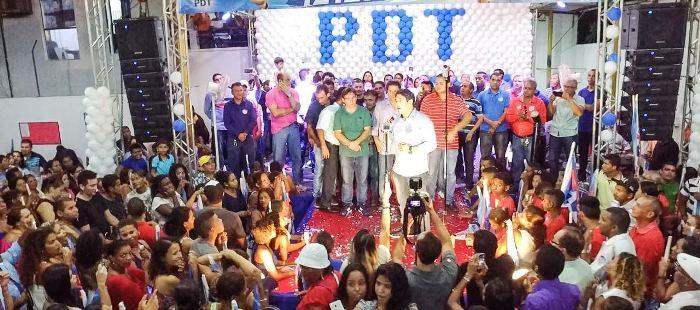 Osmar Filho conclamou os presente a seguir em campanha