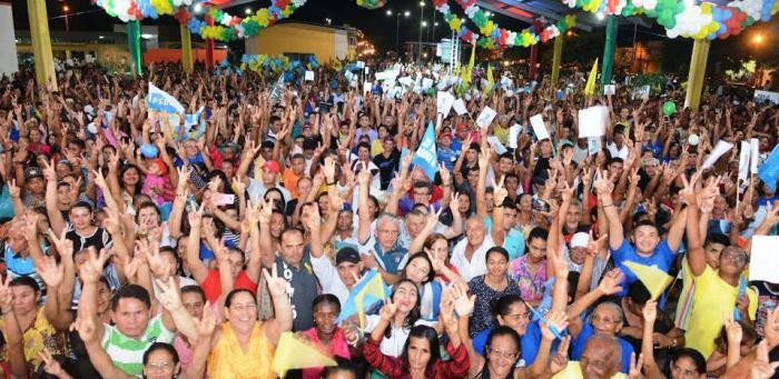 Milhares de pessoas participaram da festa em Coroatá...