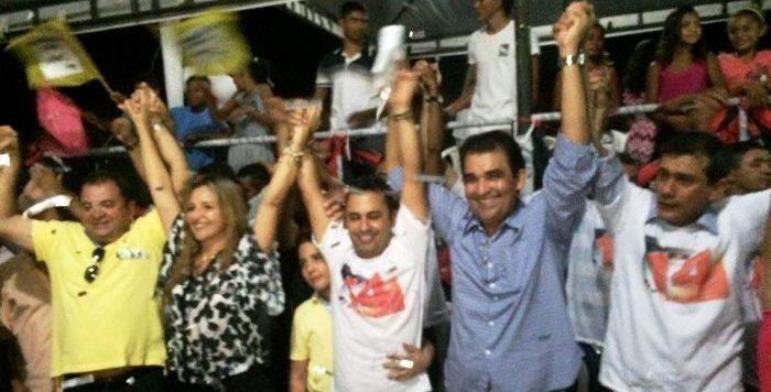 Soliney Silva com seus aliados: prestígio e liderança política