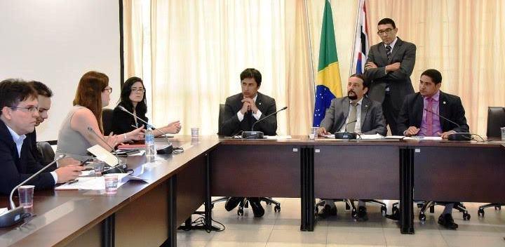 ...e as representantes das telefônicas no Maranhão