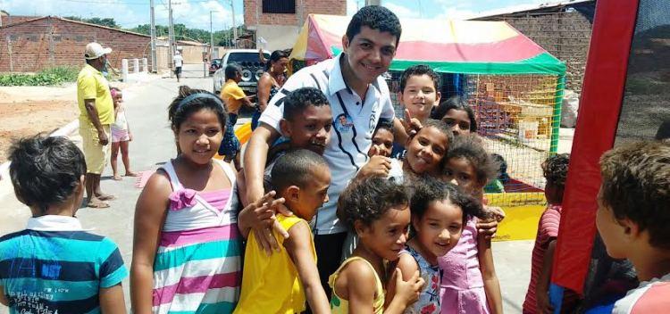 No programa do candidato a vereador destaque também para os projetos em defesa das crianças e adolescentes