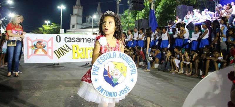 As crianças deram o tom do desfile em Santa Inês