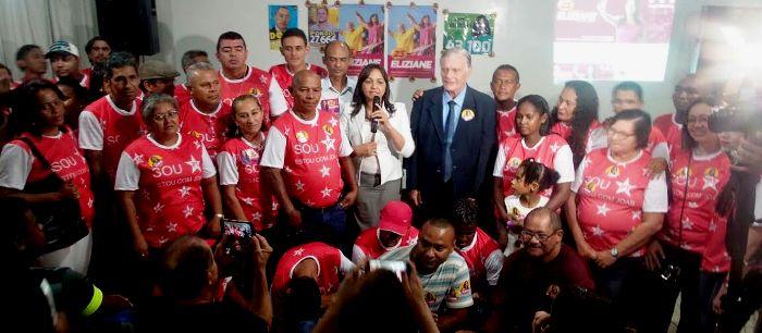Ao lado do vice, José Joaquim, Eliziane fala aos petistas e atores sociais sobre suas propostas