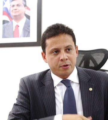 Rodrigo Maia sumiu com processo para desgastar Wellington