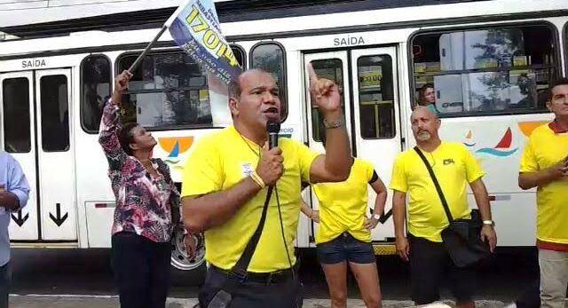 Em discurso em praça pública