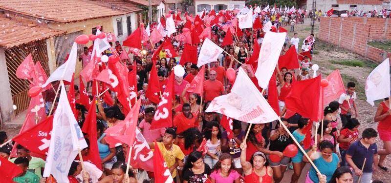 Em Matões do Norte, a caminhada mobilizou a cidade...